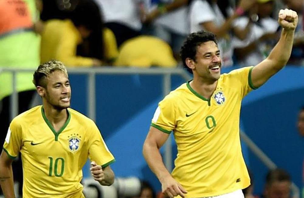 Brasil busca seducir ante un Chile al alza en clásico sudamericano de octavos. Foto: EFE