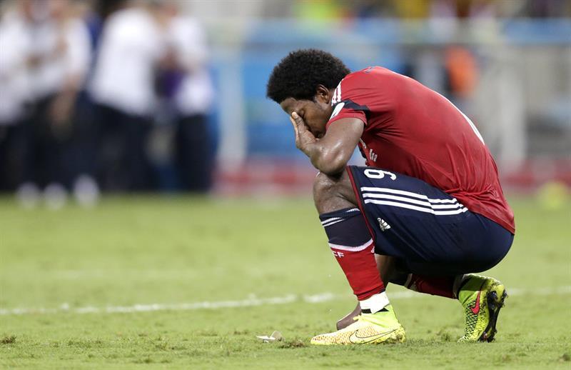 El centrocampista colombiano Carlos Sánchez, al finalizar el partido Brasil-Colombia, de cuartos de final del Mundial.. Foto: EFE