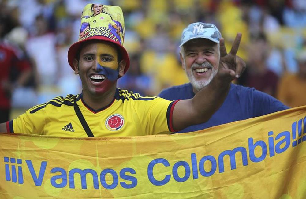 El rojo y amarillo inundan las calles de Colombia
