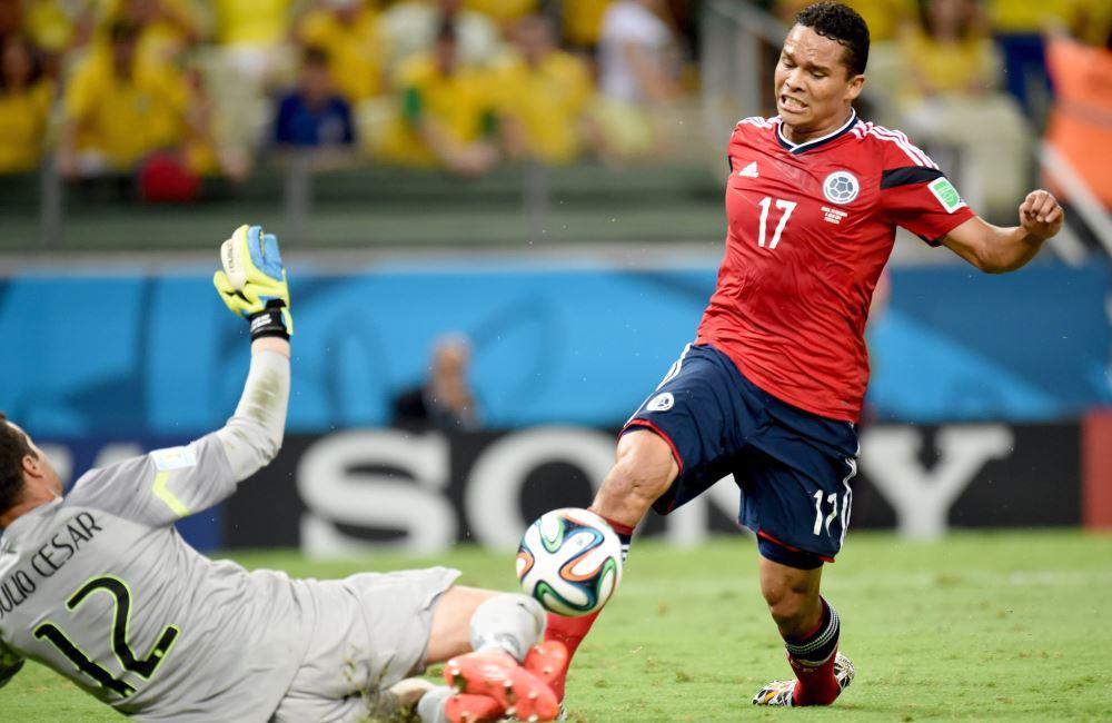 Carlos Bacca solo pudo actuar ante Brasil por haber estado lesionado. Foto: EFE