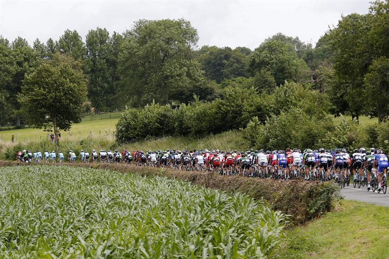 Kittel suma la tercera victoria en cuatro días del Tour
