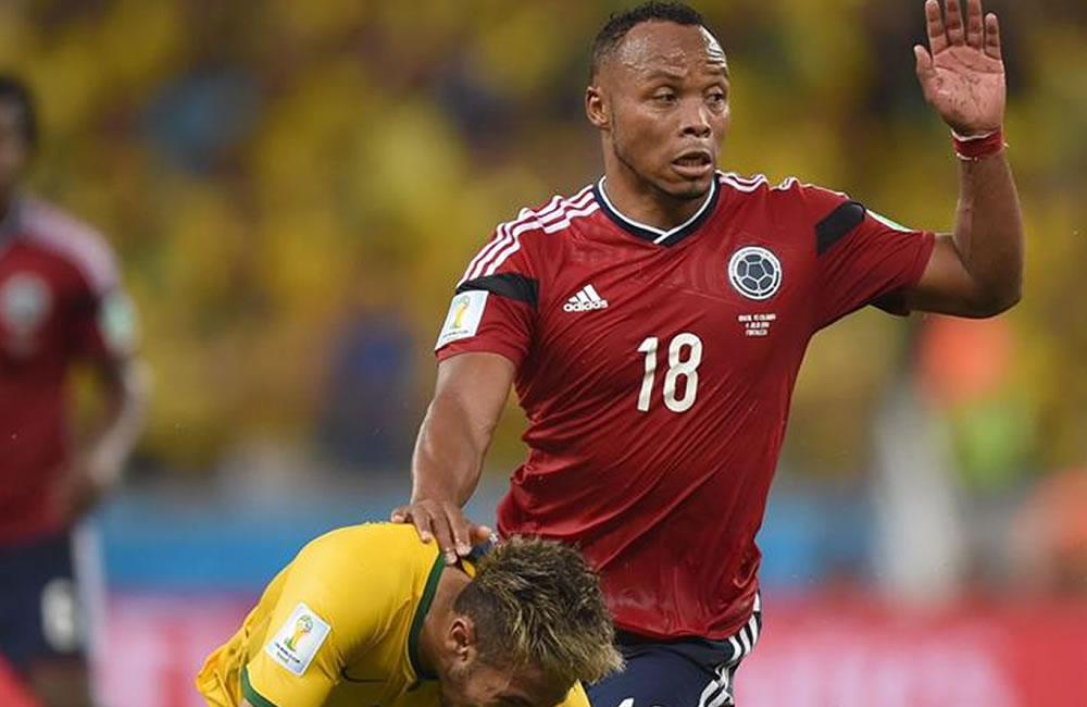 Napoli desea pronta recuperación a Neymar y se solidariza con Zuñiga