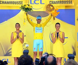 Nibali gana la primera etapa de alta montaña y consolida el liderato