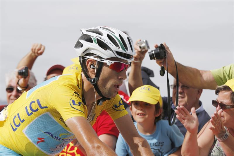 Así se vivió la décimo cuarta etapa del Tour de Francia. Foto: EFE