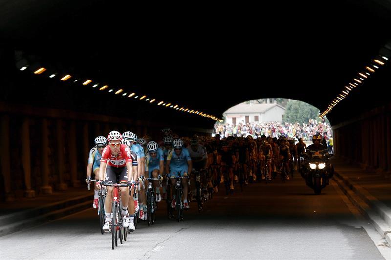 Así se vivió la etapa 15 del Tour de Francia. Foto: EFE