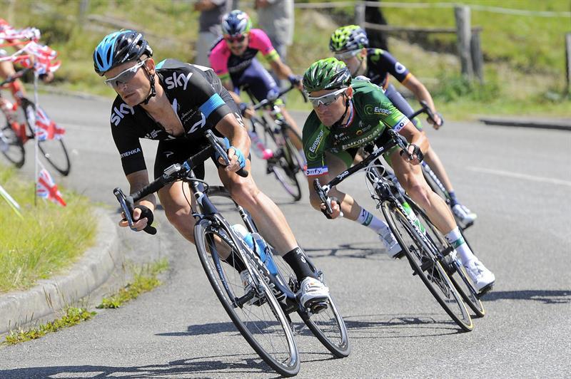 Nibali sigue líder y Rogers gana la etapa 16 del Tour