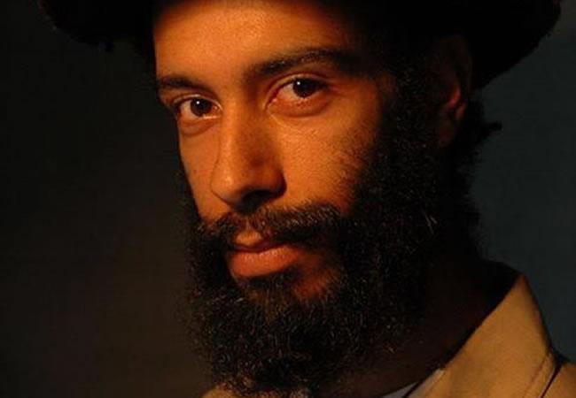 Investigan muerte de fundador del grupo de reggae