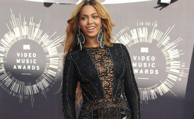 Beyoncé y Miley Cyrus brillan en los MTV Video Music Awards 2014
