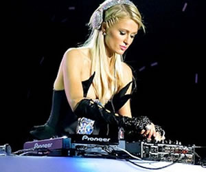 Expectativa en Colombia por ver a Paris Hilton como DJ