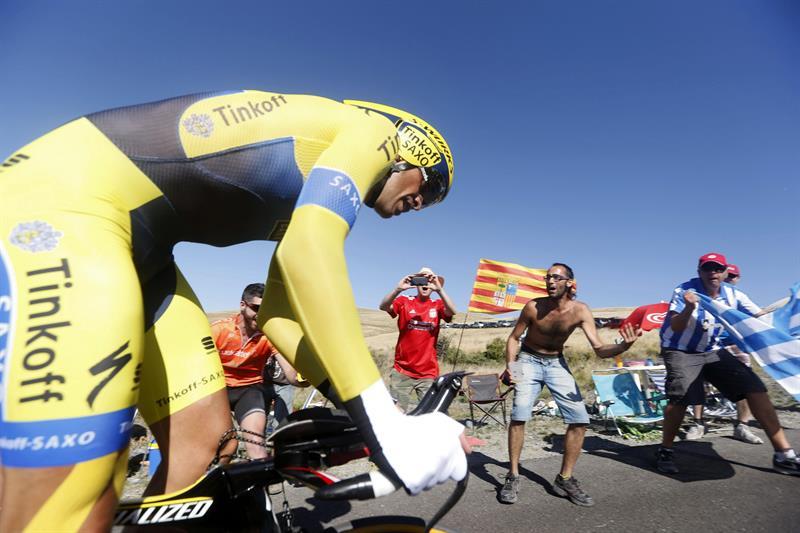 El ciclista Alberto Contador (Tinkoff) durante la contrarreloj de la décima etapa. EFE