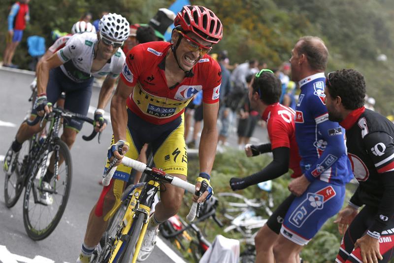 El ciclista madrileño del equipo Tinkoff Saxo, Alberto Contador y el murciano, Alejandro Valverde. Foto: EFE