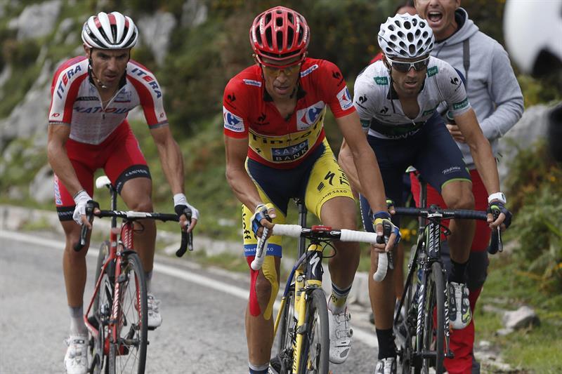 El ciclista madrileño del equipo Tinkoff Saxo, Alberto Contador, el catalán del equipo Katusha. Foto: EFE