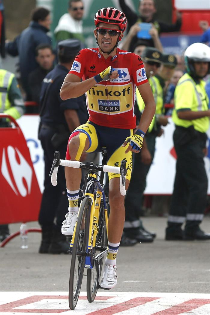 El ciclista español del equipo Tinkoff Saxo y líder de la clasificación general, Alberto Contador. EFE