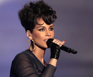 """""""Vamos a hablar de Israel"""", canta Alicia Keys en su nuevo tema"""