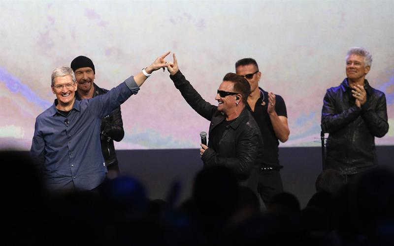 Lo nuevo de U2: el disco con la difusión más masiva de la historia