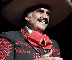 Vicente Fernández, la eterna despedida de un ídolo que no se quiere marchar