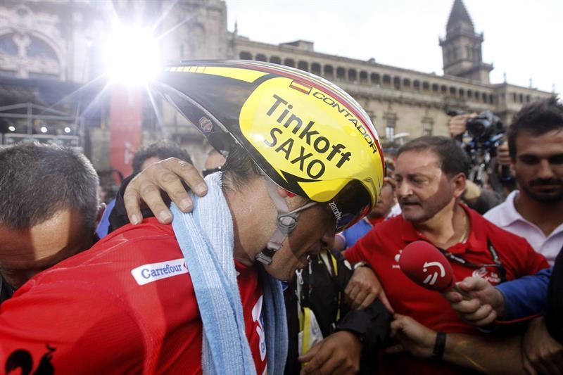 Malori gana la contrarreloj y Contador conquista su tercera Vuelta. EFE