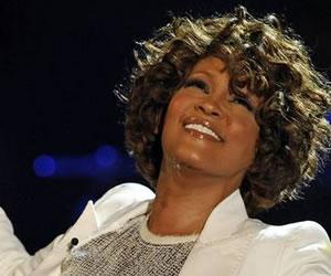 Whitney Houston volverá a las listas de éxitos con su primer álbum en directo