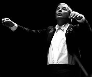 Falleció Christopher Hogwood, maestro británico de la música antigua