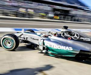 Hamilton el mejor, por delante de Rosberg, y Alonso fue tercero en Austin