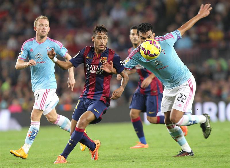 Larrivey, Sergio y los palos dejan al Barça sin liderato