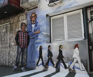 Weiss, el peluquero que rememora a Los Beatles