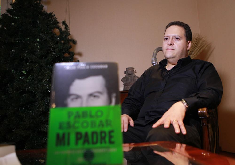 El hijo de Escobar revela en un libro el alma criminal de su padre