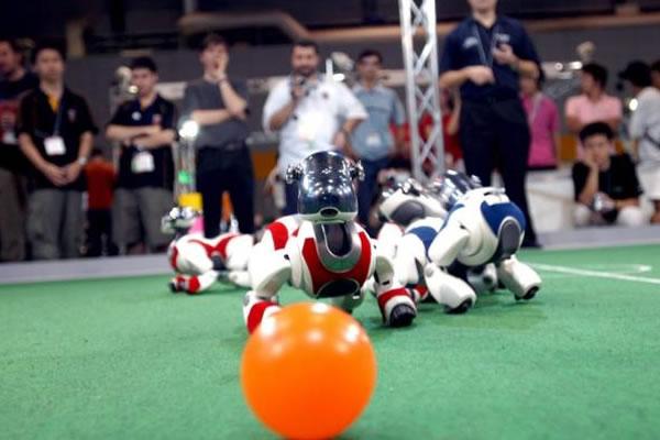 El mítico robot canino Aibo se queda sin