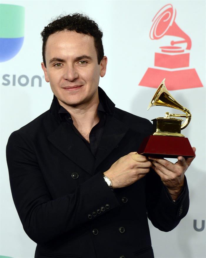 Colombianos triunfan en los Grammy Latino