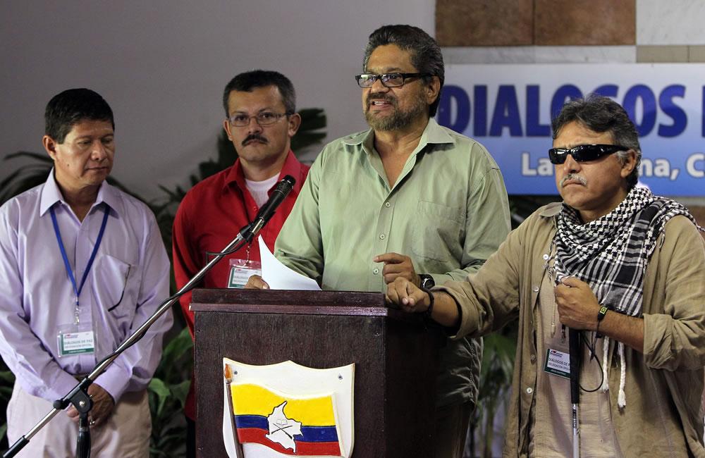 FARC confirman liberaciones y piden rediseñar reglas de juego de proceso paz. Foto: EFE