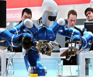 """""""Robots podrían reemplazar a los humanos"""": Científico Stephen Hawking"""