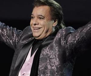 Juan Gabriel cumple 65 años en plena actividad
