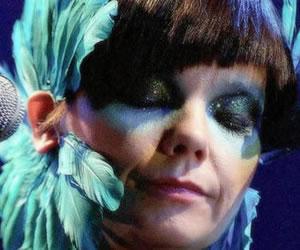 """Björk lanza por sorpresa su nuevo disco """"Vulnicura"""" en iTunes"""