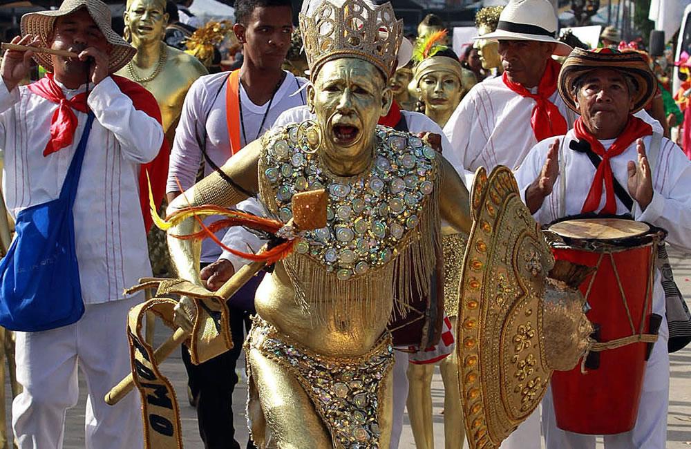 Gran Parada de Tradición lleva el carnaval de Barranquilla a su punto álgido