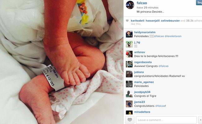 Falcao presenta la primera fotografía de su hija Desirée. Foto: Instagram