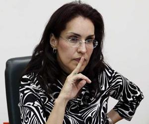 """""""Seguirá el referendo para impedir adopción gay"""": Viviane Morales"""