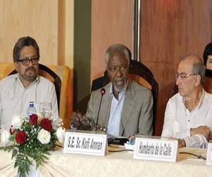 Annan se reúne con equipos de Gobierno y FARC para impulsar la paz