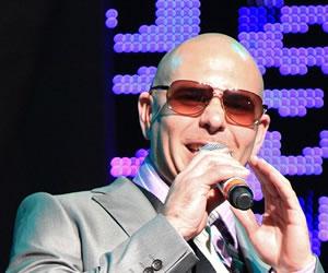 Fanáticos de Pitbull en Bogotá y Medellín se quedaron esperando concierto