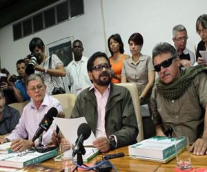 FARC completan la creación de una comisión para tratar tema de víctimas