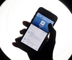 No dejes que las redes sociales dominen tu relación