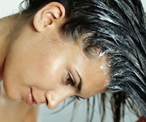 Cuatro formas raras de cuidar el cabello maltratado