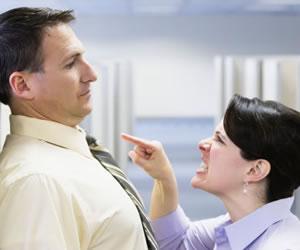 Frases que molestan en un segundo a una mujer