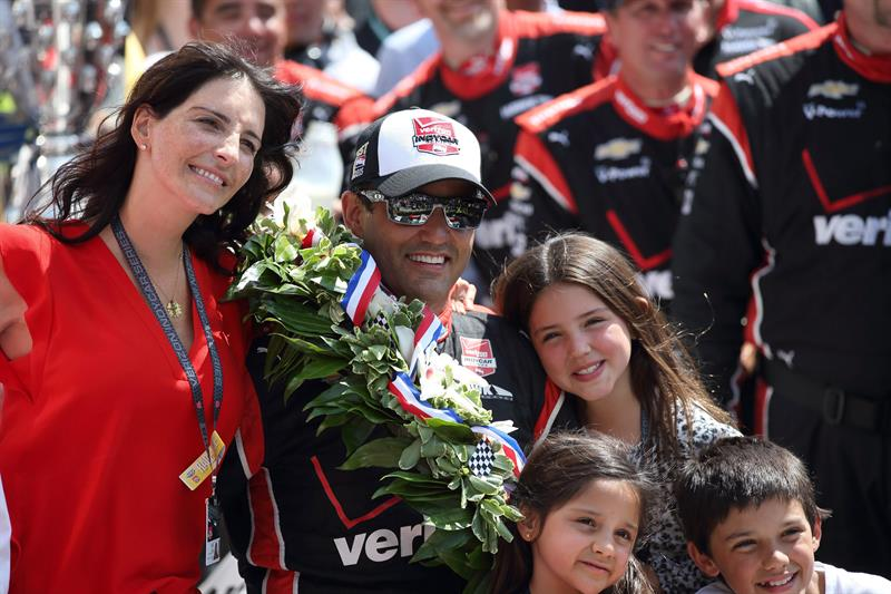 Juan Pablo Montoya ganó por segunda vez la 'Indy 500'. Foto: EFE
