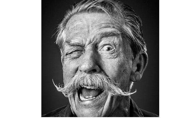 El  actor británico John Hurt anunció que padece cáncer de páncreas