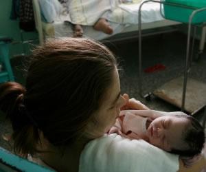 Cuba: Logra eliminar la transmisión de VIH de madre a hijo