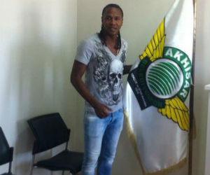 Hugo Rodallega fue presentado en el fútbol turco