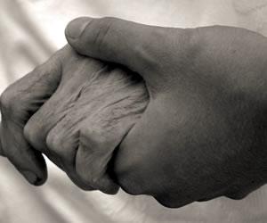 EPS tendría a una mujer de 80 años hospitalizada en un motel de Valledupar