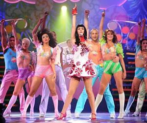 Katy Perry estrena 'Part of me' en Universal