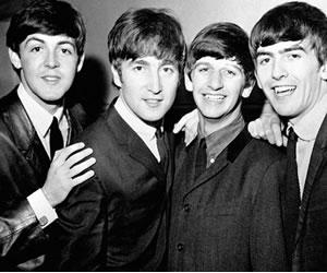 Contrato que lanzó a la fama a The Beatles se subastará en Londres