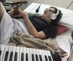 Charly Garcia graba tributo a Gustavo Cerati